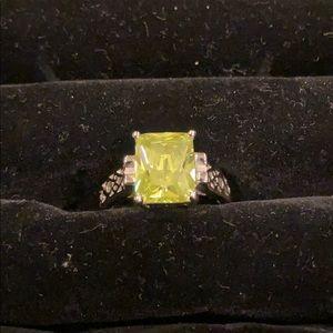 """Lia Sophia """"Appletini"""" ring"""